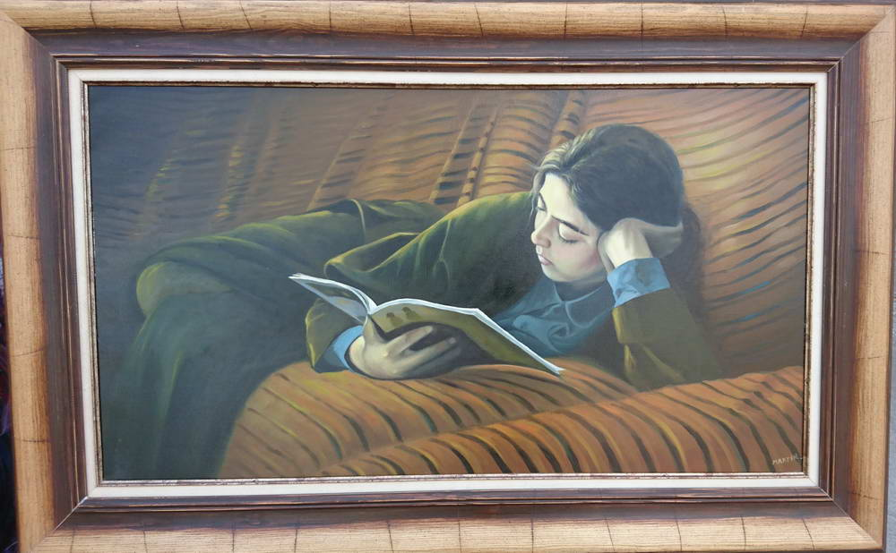 Kitap Okuyan Kız Tablosu Çerçeveli